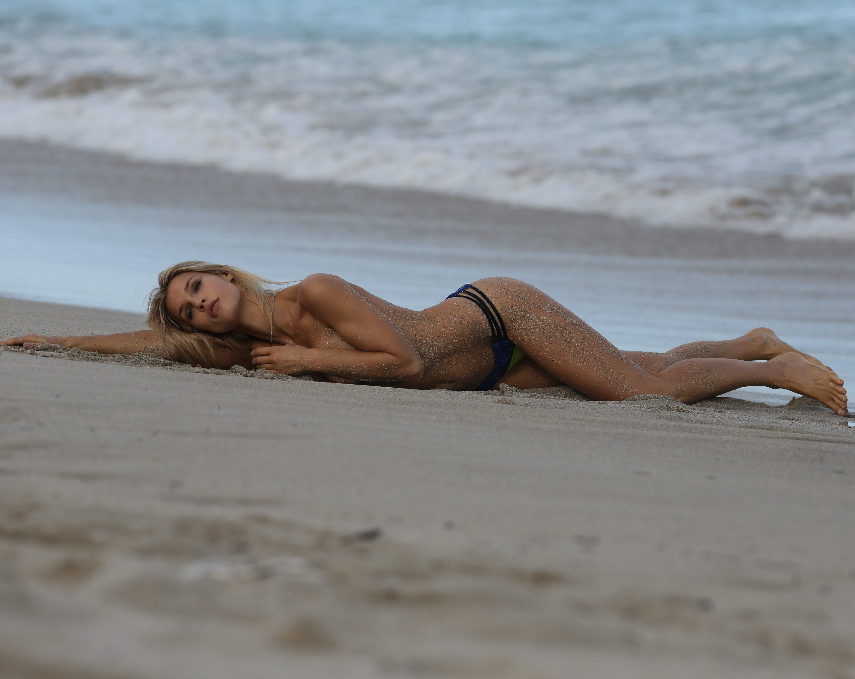 Joy Corrigan sexy nude pic