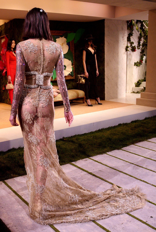 Kendall Jenner nude photos