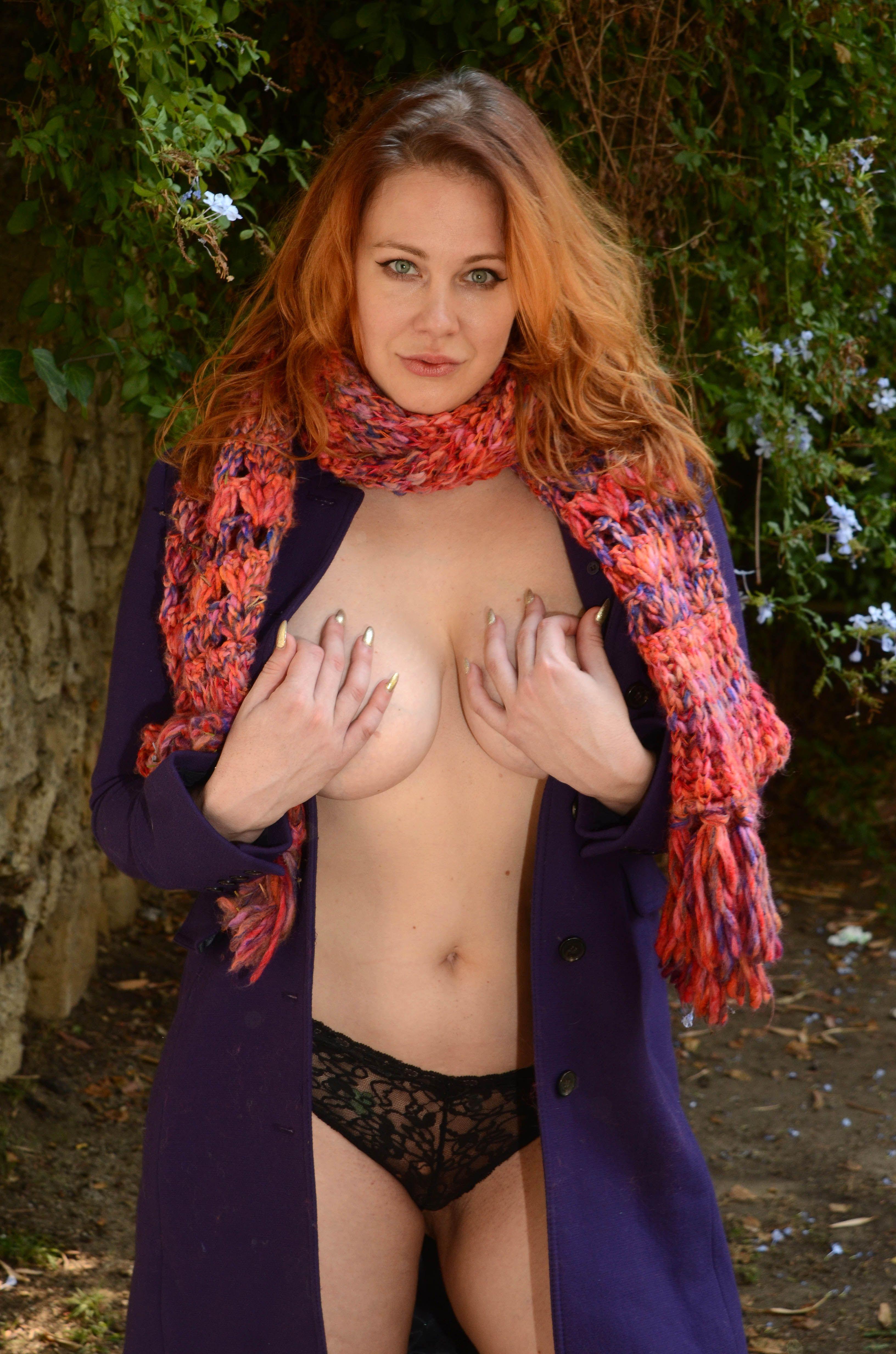 Maitland Ward nude pic