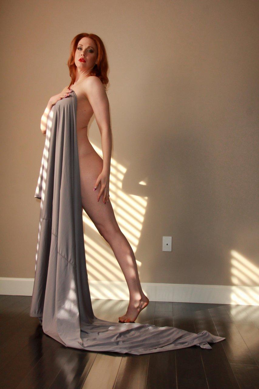 Maitland Ward hot boobs