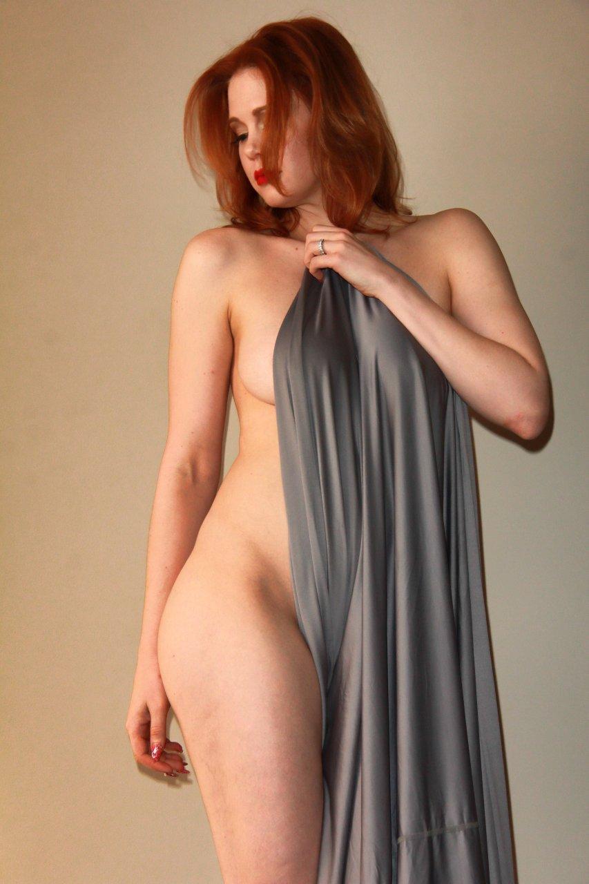 Maitland Ward nipples exposed