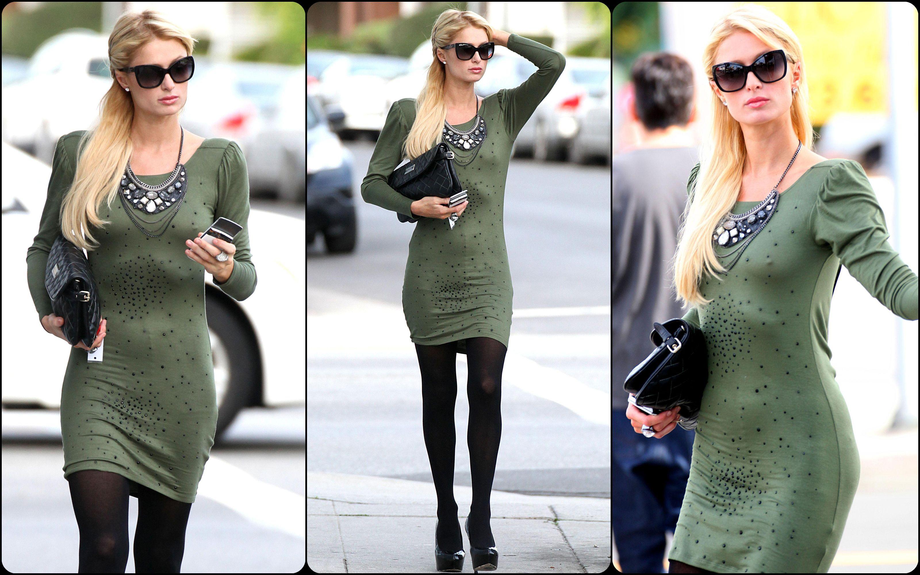 Paris Hilton hot boobs