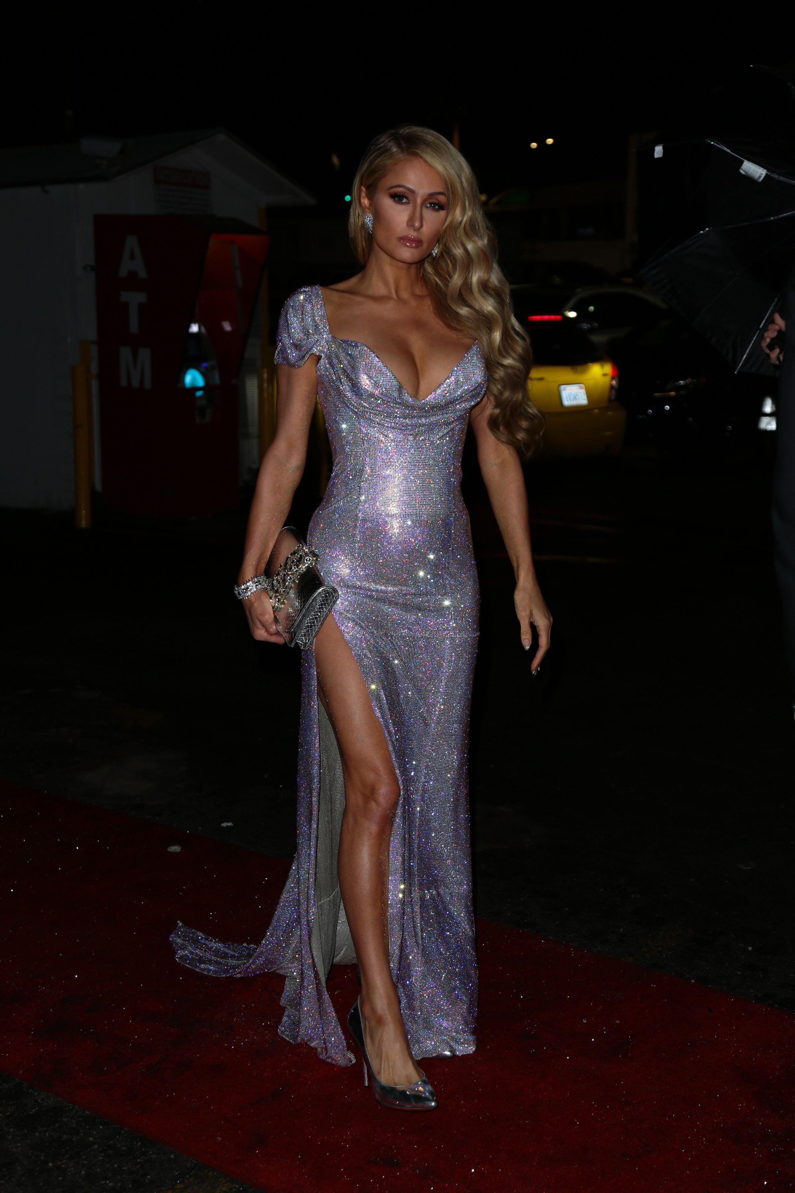 nude pics of Paris Hilton