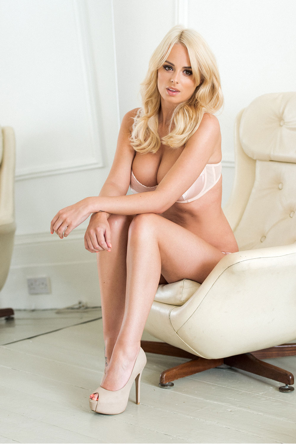 Model pussy pic