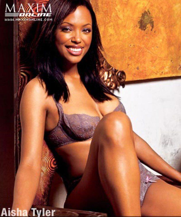 Aisha Tyler naked boobs