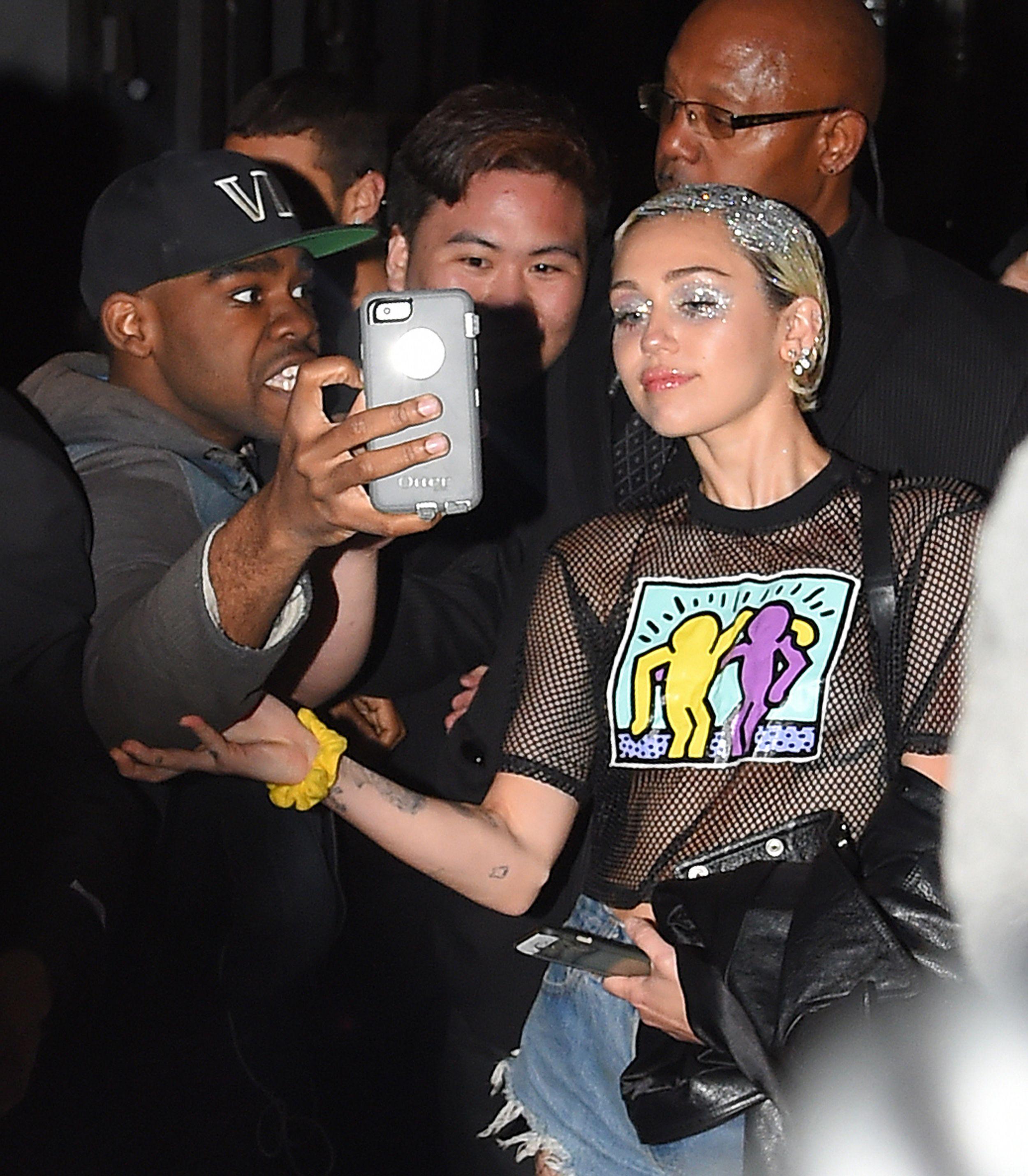 Miley Cyrus xxx